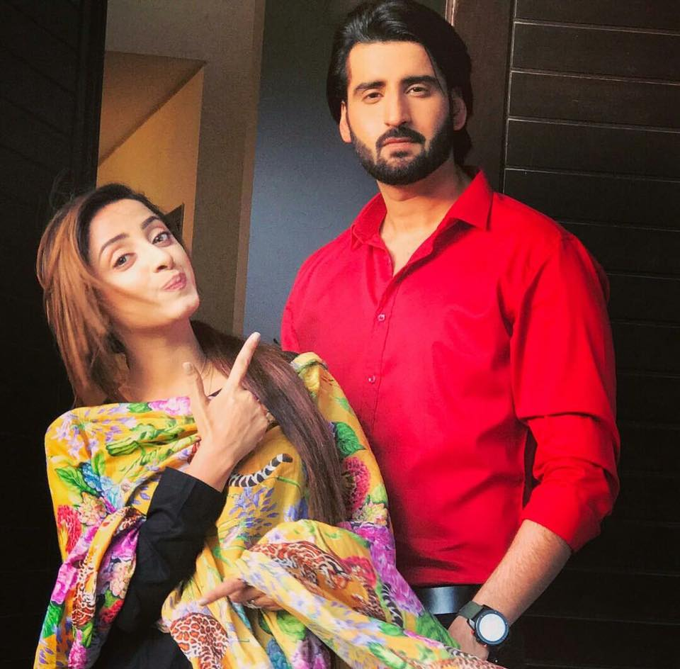 Sanam Chauhdry & Agha Ali During Shooting