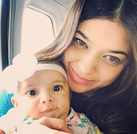 Sanam Jung With Her Daughter