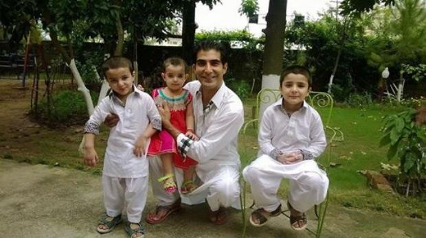 Shamil Khan With His Kids