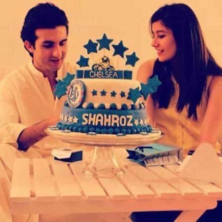 Syra Celebrated Her Husband
