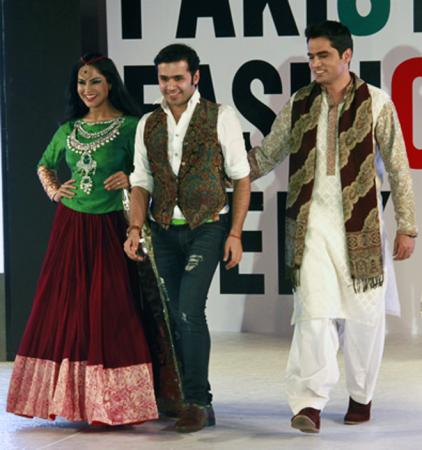 Veena Malik as Showstopper With Her Husbandat at PFWD 2014