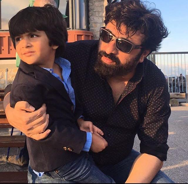 Yasir Nawaz With His Cute Son