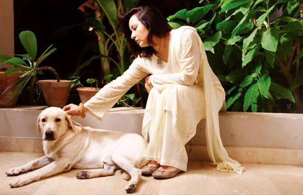 Zeba Bakhtiyar With Her Pet Dog