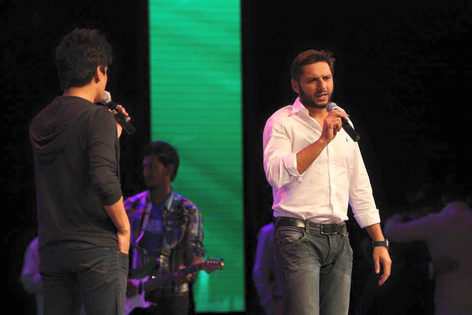 Shahid Afridi At The Event Of 3rd Jashn-E-Gulberg Green 2015