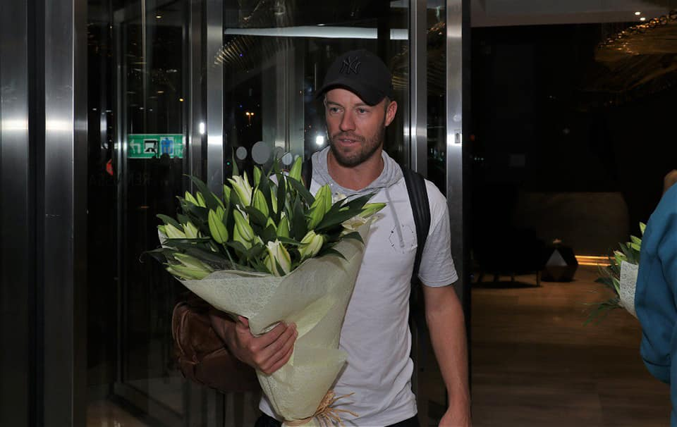 AB De Villiers Welcome To Qalandars Squad In Dubai