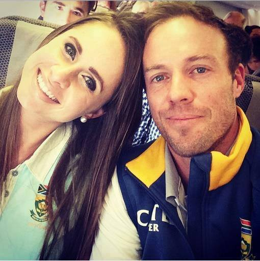 Ab De Villiers take a selfie with his wife, Danielle de Villiers