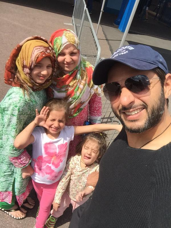 Afridi With Family At Thorpe Park