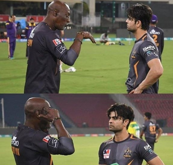 Ahmad Shahzad Getting Some Serious Tips From Sir Viv Richards