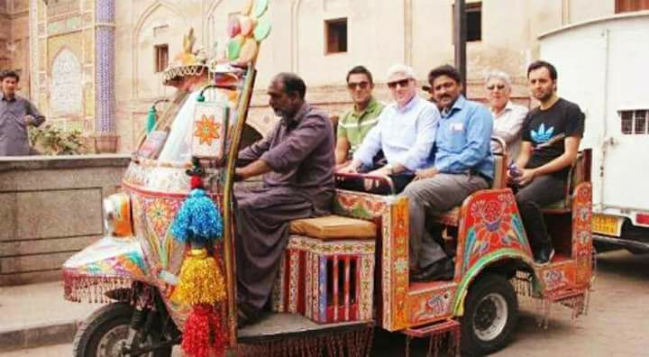 Alan Wilkins & Darren Ganga Take A Tour Of Lahore Alongside Majid Khan