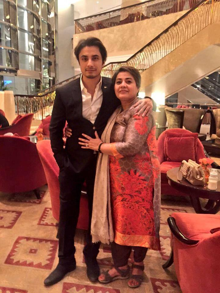Ali Zafar With His Mother In Dubai For PSL