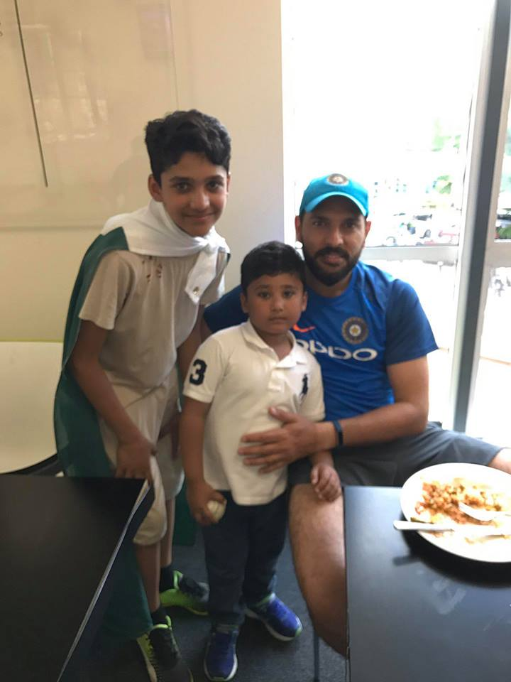 Azhar Ali Kids with Yuvraj Singh