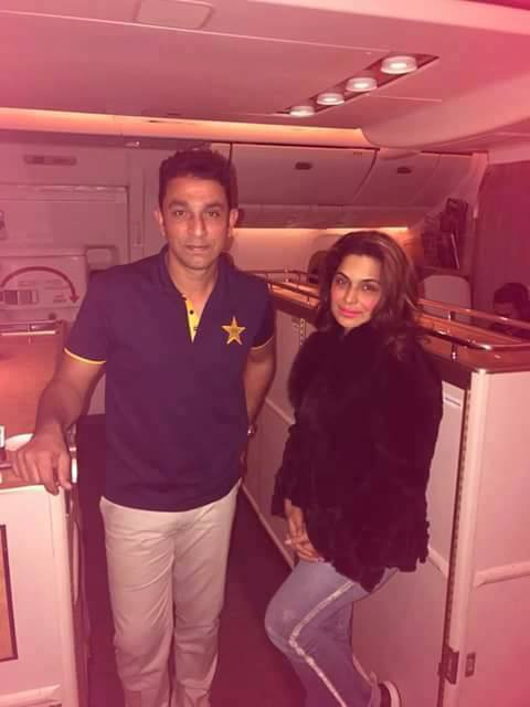 Bowling Coach Azhar Mehmood With Meera