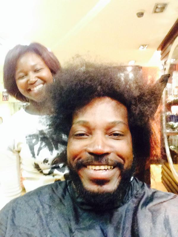 Chris Gayle Geting A Hair Cut