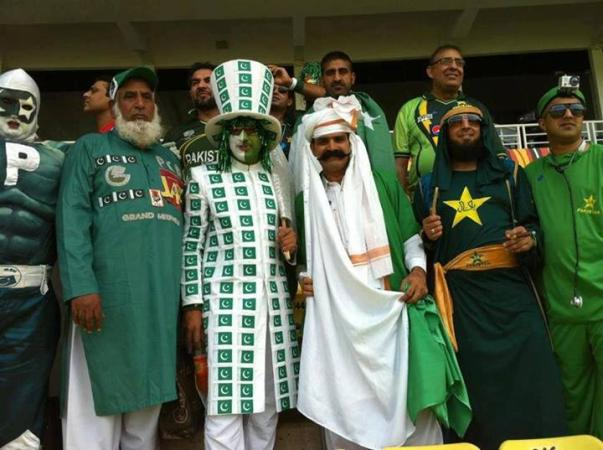 Crazy Fans of Pakistan Cricket Team