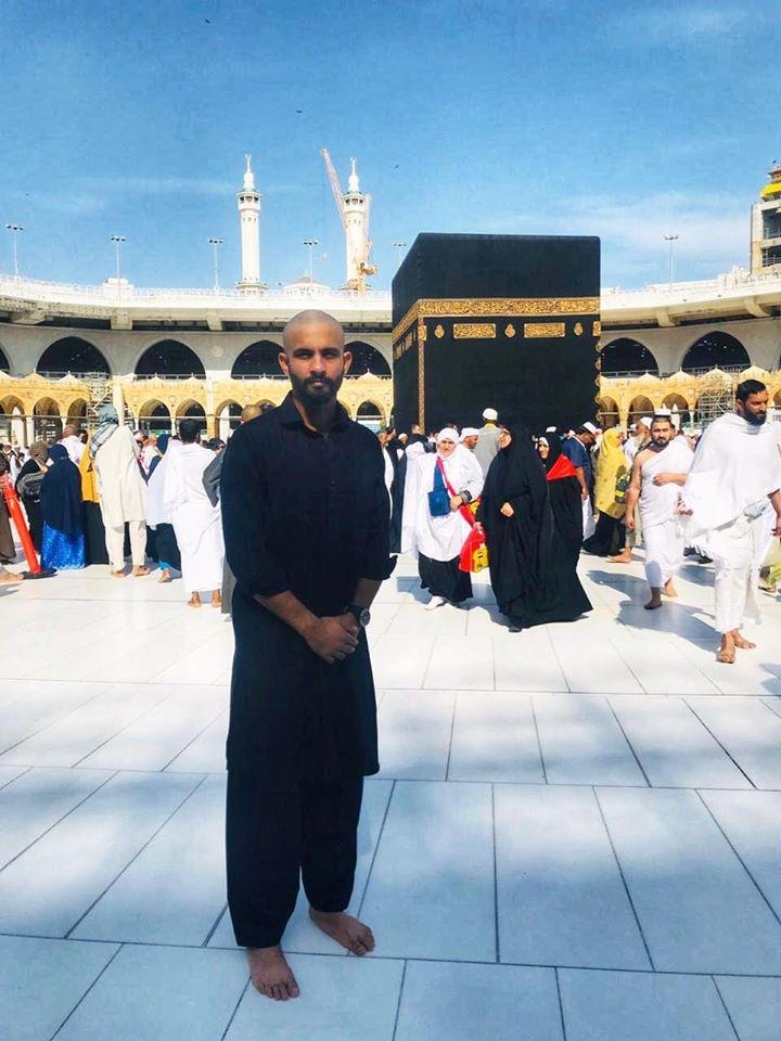 Cricketer Saad Naseem Has Performed Umrah