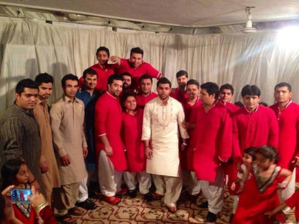 Cricketer Umar Akmal Wedding Picture with Salman But