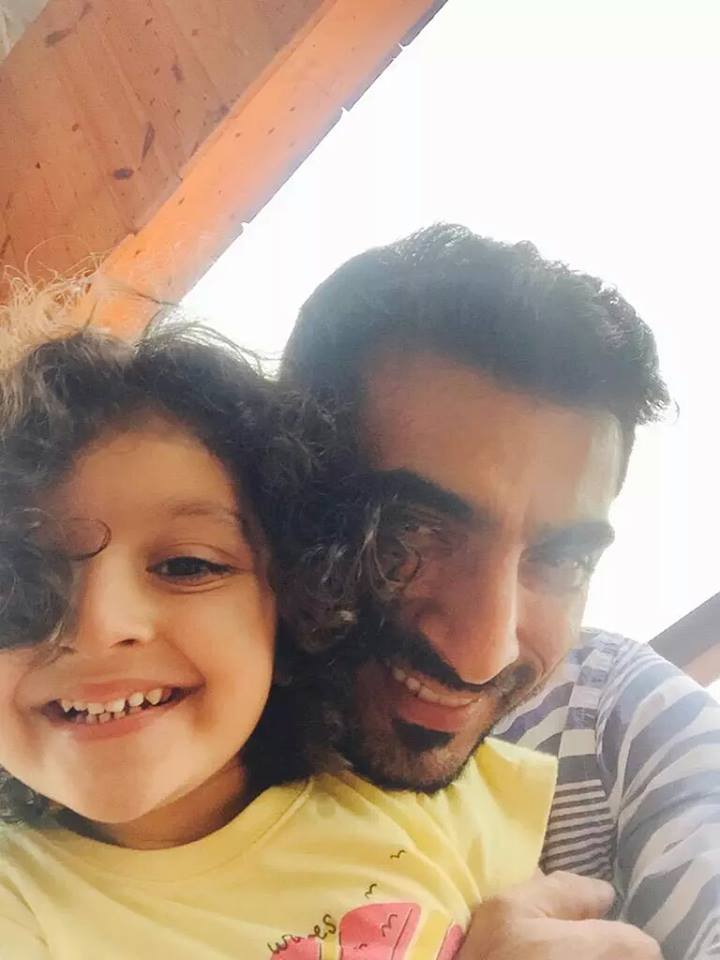 Cricketer Yasir Hameed With Daughter