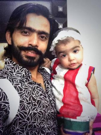 Fawad Alam With His Daughter Fatima On Eid