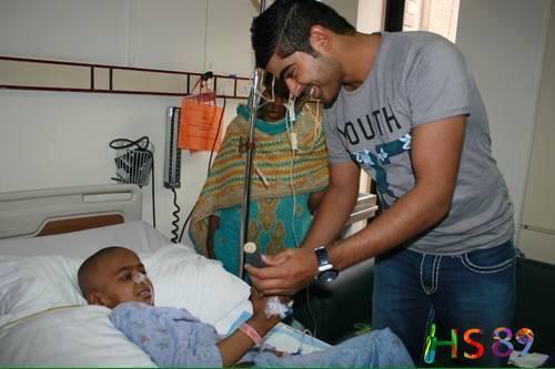 Haris Sohail Visits Shaukat Khanum Hospital