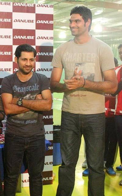 Height Difference Between Sarfraz And Irfan