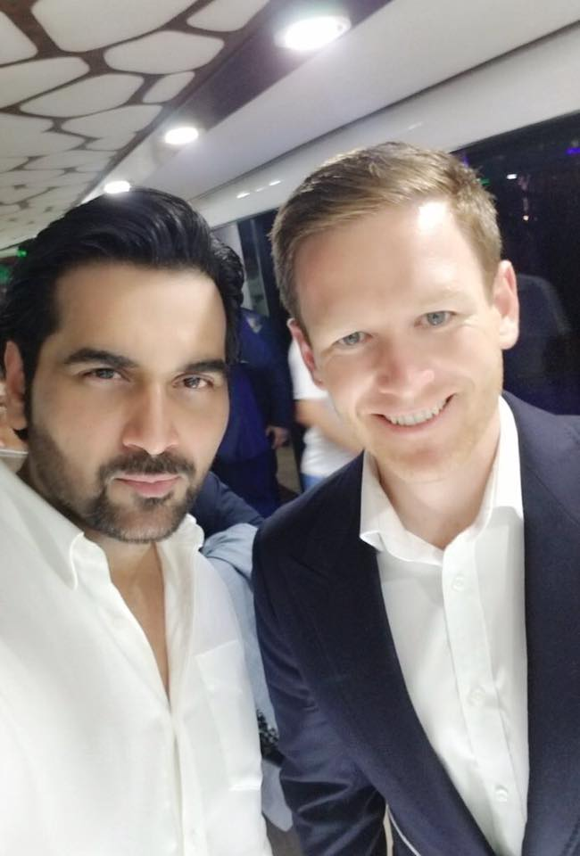 Humayun Saeed With Karachi Kings' Captain Eoin Morgan