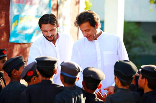Imran Khan And Shahid Afridi Working For Tamir School Together
