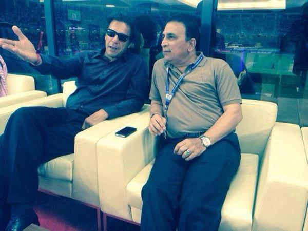 Imran Khan And Sunil Gavaskar At Dubai Stadium
