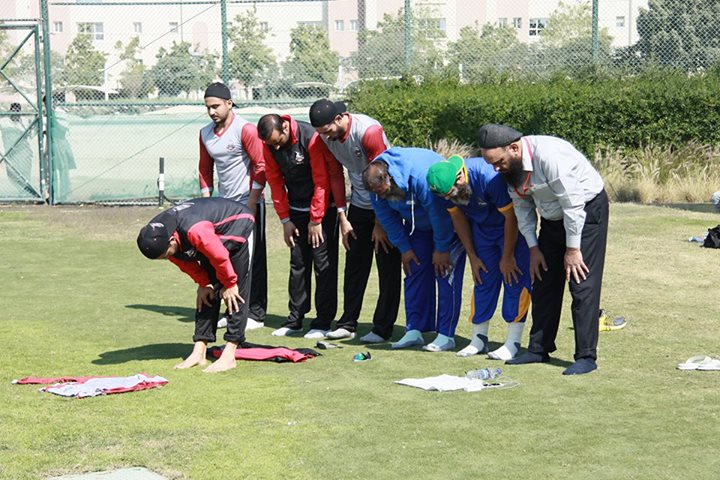 Lahore Qalandars Players Offer Namaz