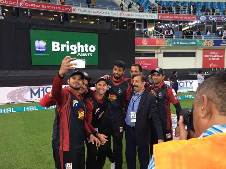 Lahore Qalandars Team After First Victory