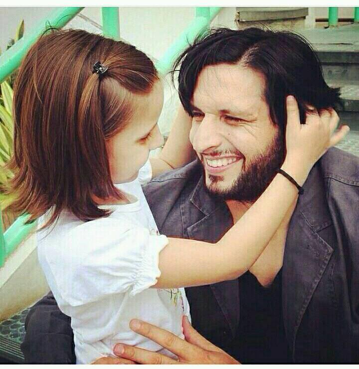 Lala with his ‪‎Daughter