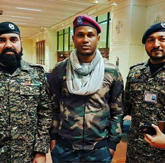 Marlon Samuels With Pak Army