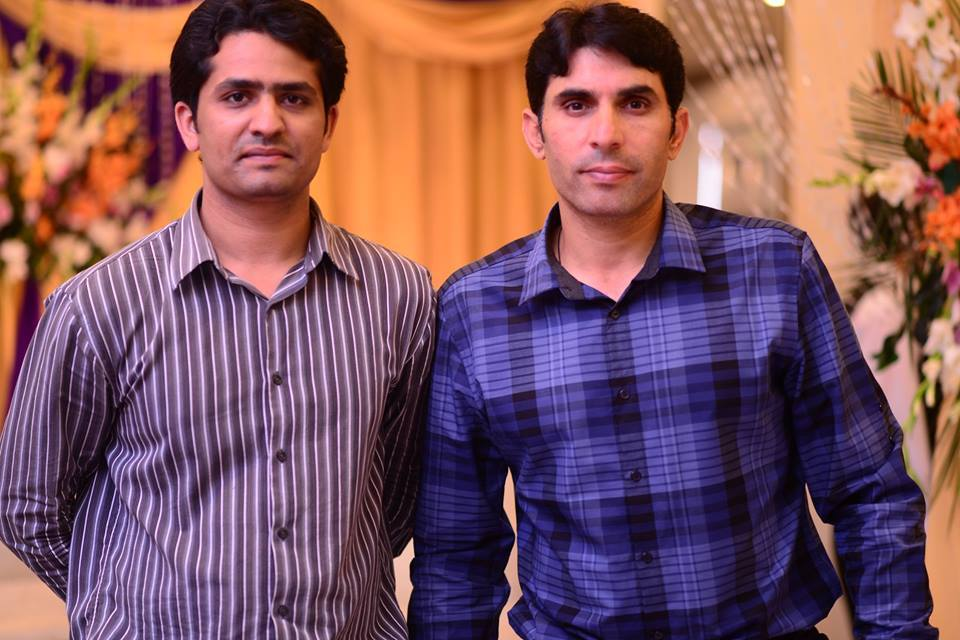 Misbah ul Haq Spotted With His Fan In Some Wedding