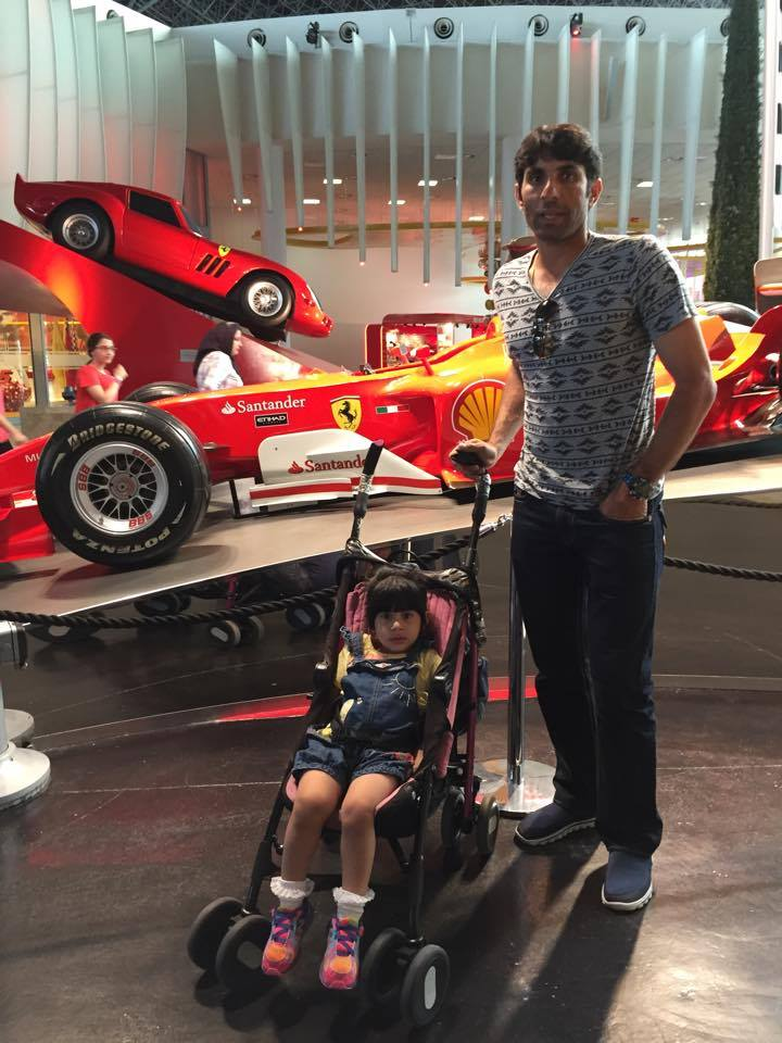 Misbah-ul-Haq With His Daughter Noori