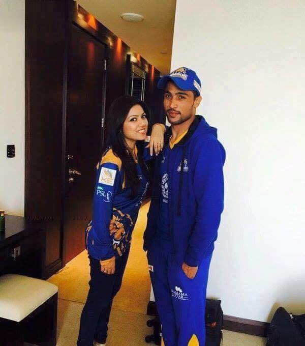 Mohammad Amir with his wife