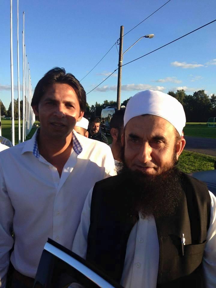 Mohammad Asif With Maulana Tariq Jameel