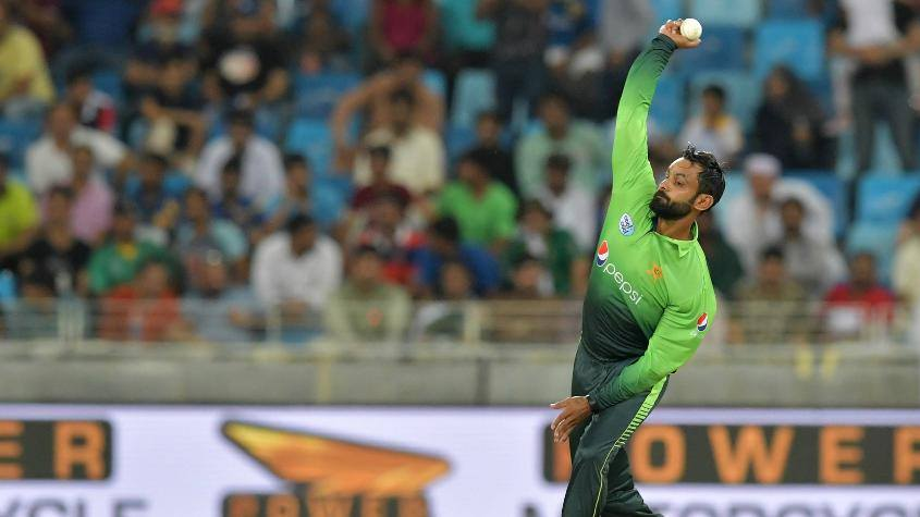 Mohammad Hafeez Bowling Action Has Been Reported During 3rd ODI Between Pak vs SL