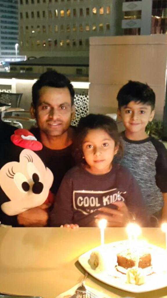 Mohammad Hafeez Celebrated His Daughter Eman Birthday