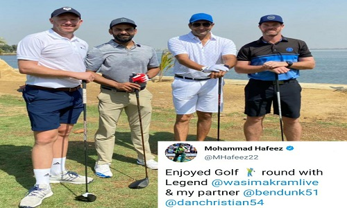 Mohammad Hafeez Has New Golf Partners Wasim Akram, Ben Dunk And Daniel Christian