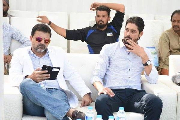 Moin Khan & Anwar Ali Pictured Together Today In Karachi