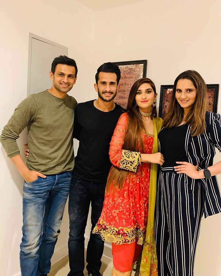 Mr And Mrs Shoaib Malik Host Dinner For Newlyweds Hassan Ali And Samiya Arzoo