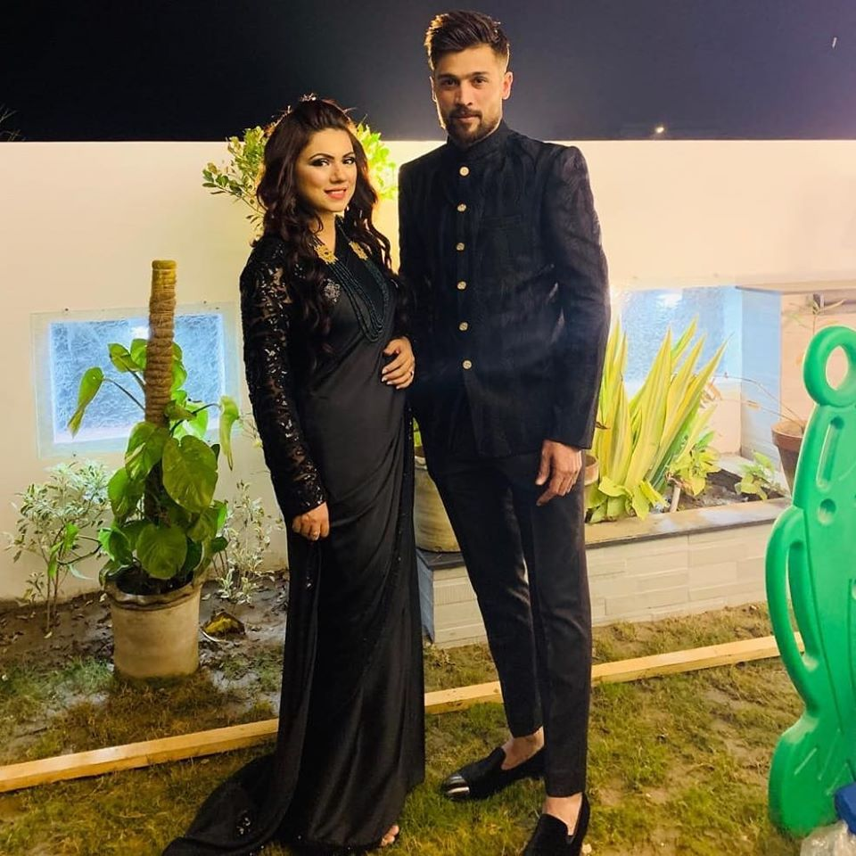 Mr & Mrs Mohammad Amir Together At Zainab Abbas Wedding