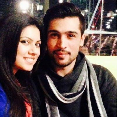 Muhammed Amir pictured with his wife