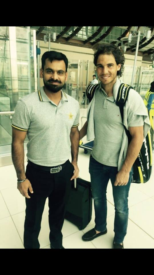 Muhammed Hafeez pictured with the superstar of tennis, Rafael Nadal
