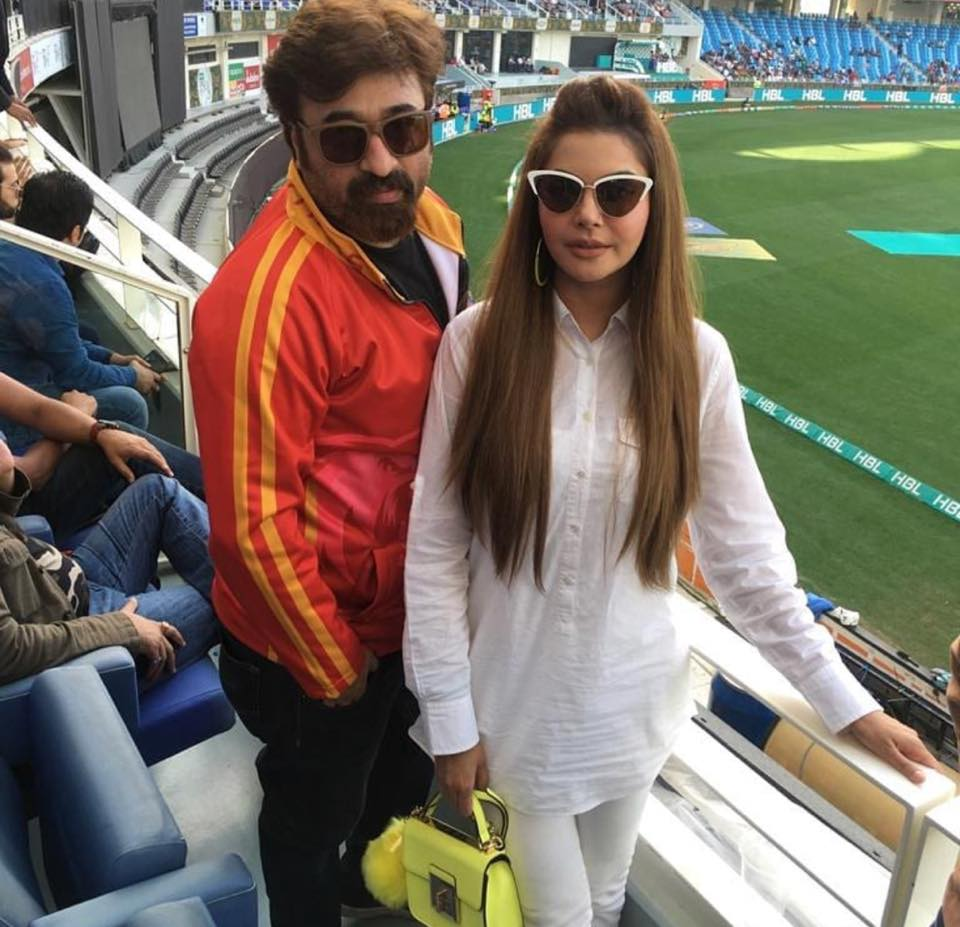 Nida & Yasir In Dubai For PSL