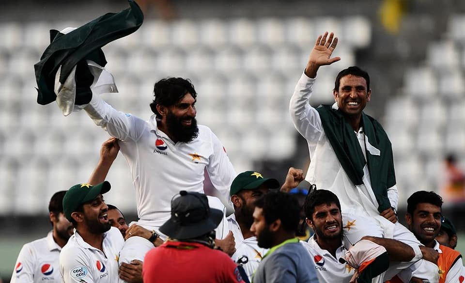 On This Day 2017, Pakistan's Most Reliable Pair Said Good Bye To The Test Cricket