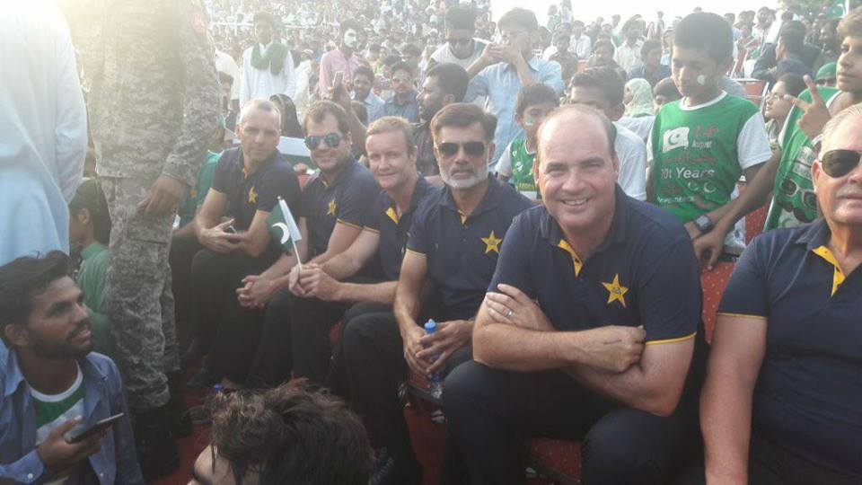 Pakistan Coaching Staff At Wagah Border