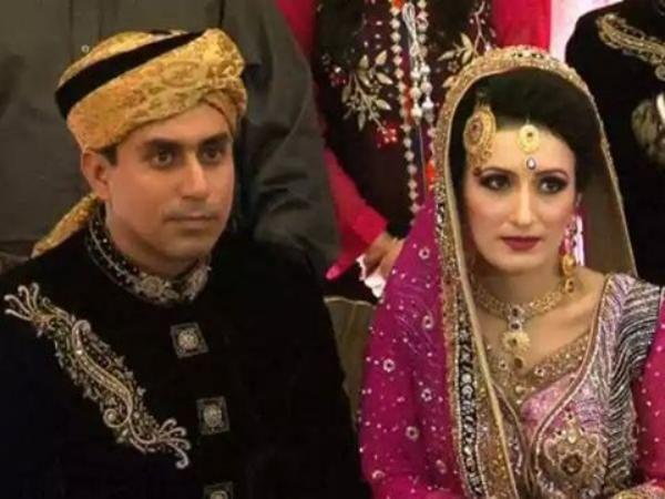 Pakistani Cricketer Nasir Jamshed Wedding Picture