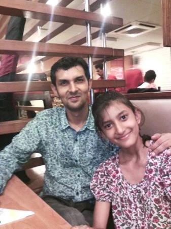 Pakistani Cricketer Zulqarnain Haider with daughter Zara