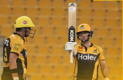 Peshawar Zalmi Qualifies For Final Beating Islamabad United By 8 Wickets