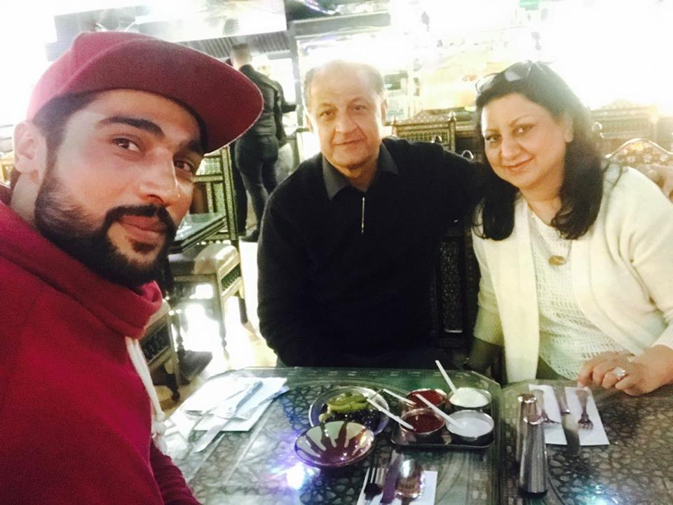 Quetta Gladiators Owner & His Wife With Mohammad Amir